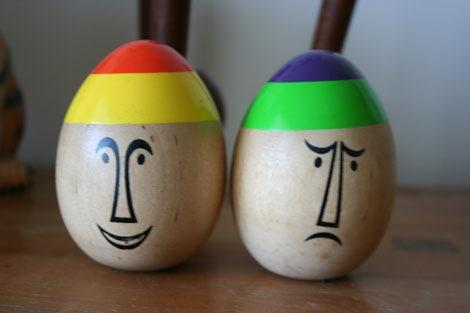 modern-wooden-eggs